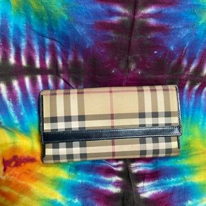 Women's Burberry London Made In Italy Wallet
